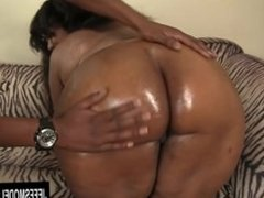 Brown and chunky Sweetness gets filled with Dick