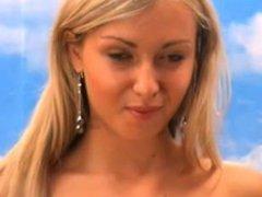 ukrainian camgirl suckin dildo