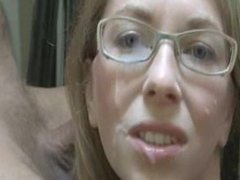Amateur Milf with Glasses gets a Facial