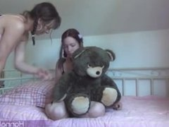 Shemal Hannah Warg fucking girlfriend on the bed
