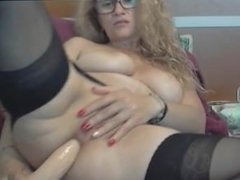 korrine nude show