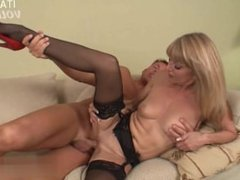 Sexy Mädchen blowjob tutorial