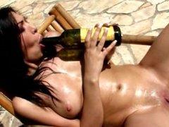 Samy Omidee fuck a bottle of vine