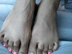 Hood Chick Pink Toes