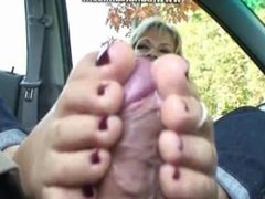 FOOTJOB IN A PARKING LOT