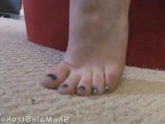 Shemale feet young cute babe Hazel Tucker Show her beautiful feet close up