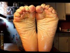 CANADIAN FOOT GODDESS- CLIP4SALE.COM/80667   Meaty mature soles....