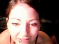 Cute Amateur Webcam Girl Showing All Of Her Body On Webcam - flash-porn.com