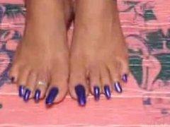 samantha long toenail goddess