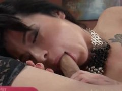 Business Woman Fucks Cleaning Lady