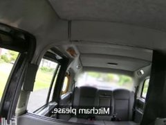 E232 - Passenger Suggests Blowjob to Pay for Taxi Fare [FAKE TAXi]