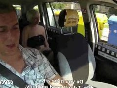 Short hair blonde squirt in taxi