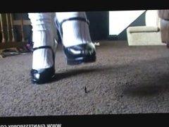 Giantess Poppy, video 1