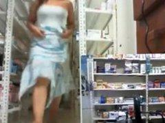 en una farmacia 3