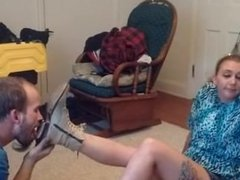 Real Amateur Ballbusting and shoes lick