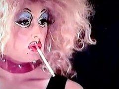 Smoking PVC Dragqueen