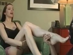 Emily FEET WORSHIP - BONUS GAG at end (UNREAL JOM)