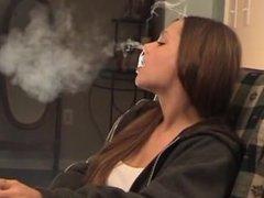 Smoking Fetish: Lynn - No bullshit 1