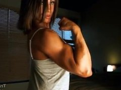 Tracy Biceps 2