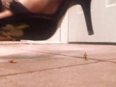 High Heels crush model people