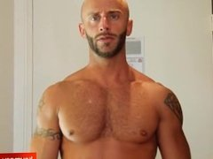 Gym trainer gets filmed horny in a shower by a gym club client for money !