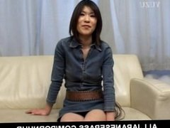 Kasumi Ito arouses pussy with vibrator and sucks cock and balls