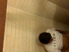 spy cam, baño publico, mamando verga en baño publico