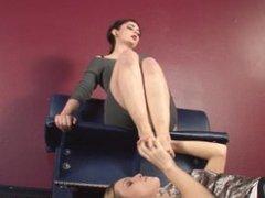 Slave Toe Sucking Foot Worship (Lesbian Feet Fetish) (FootDomUnited)