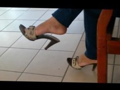 Candid mature Feet Shoeplay in Mules