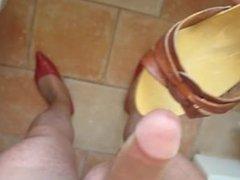 Close-up cumshot through tan pantyhose 002