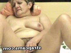 Granny with hairy pussy pleseared herself on webcam