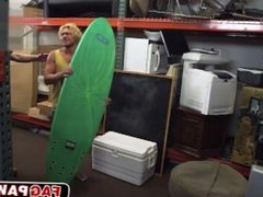 Russian surfer eat a dick and fucks in the anal for extra cash