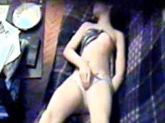 Yanka masturbator fingering on webcam in erotic chat from 720cams.com