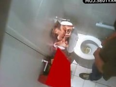HIDDEN CAM IN PUBLIC TOILETS