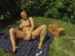 Laura from dates25.com getting fucked and cummed