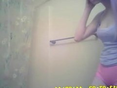 Spy skinny girl with violet hair via DATES25.COM