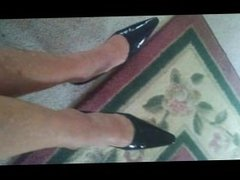 mature foot and shoe fetish