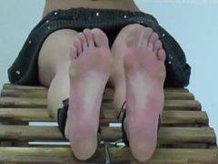 feet bastinado 4