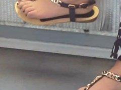 Sexy feet. Nikia from DATES25.COM
