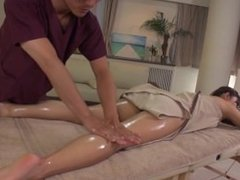 Massage In Tokyo Starts with Happy Ending