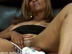57 year old ebony milf andraya mas. Lynna from DATES25