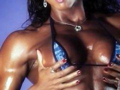 Alexis Ellis Hot Topless Female Muscle Video