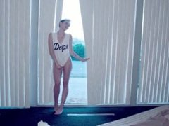 Miley Cyrus - We Can't Stop PARODY XXX