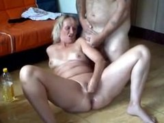 Cumshots on cunt ass and face