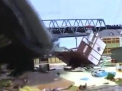 giantess asian destroy city