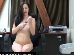 Hot Brunette Playing With Herself On Webcam Live-WoopCams.com
