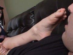 Raquel Roper Foot Teasing/Denial Femdom Handjob Cum Explosion