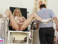 Housewife first swallow