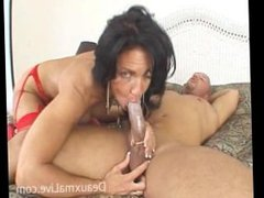 Deauxma goes anal