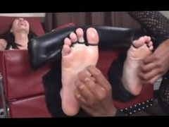 The Tickle Abuse. Sumiko Tickling Torture
